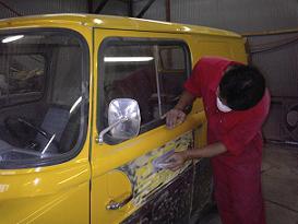 週末にガレージでできる板金塗装 ....