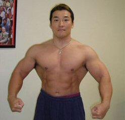 筋トレのプロ中のプロの中のプロの2人が教える「ドーピングなしで筋肉生成ホルモンを出す」知られざる筋トレ方法です。